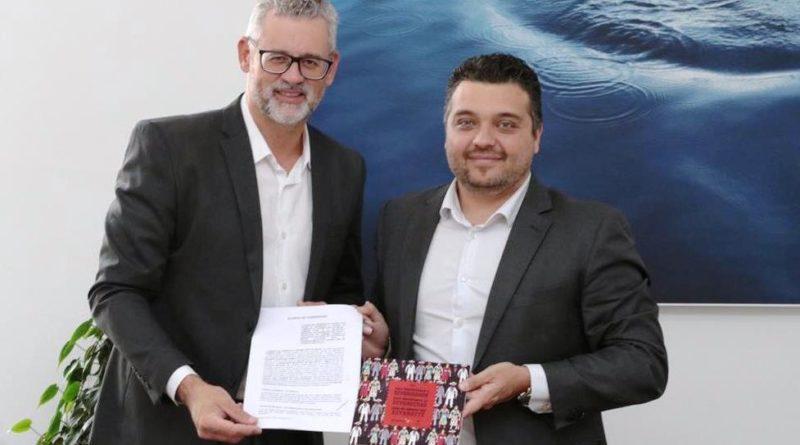 Ricardo Gomes, Presidente da Câmara LGBT e Orlando Lindório de Faria, Secretário Municipal de Turismo de São Paulo